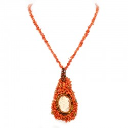 Necklace of red coral flakes, semiprecious stones and cameo