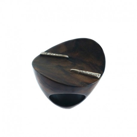 Ring in wood of ebony, white gold and diamonds