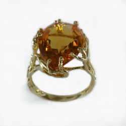 Ring yellow gold and citrine quartz