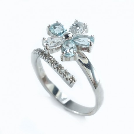 White gold ring with cubic zirconia white and blue