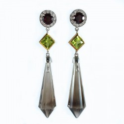 Earrings in white and yellow gold, garnets, peridot and smoky quartz