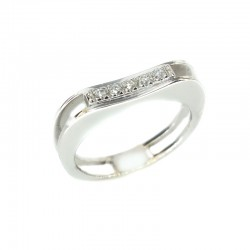 Ring in white gold and diamonds