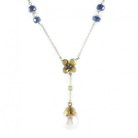 Gold necklace with pendant and beads of water dolceCollana and pendant in yellow gold with pearls, sapphires and diamond