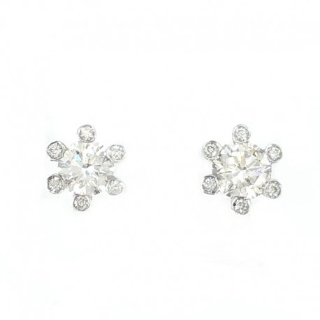 Earrings in white gold and diamonds