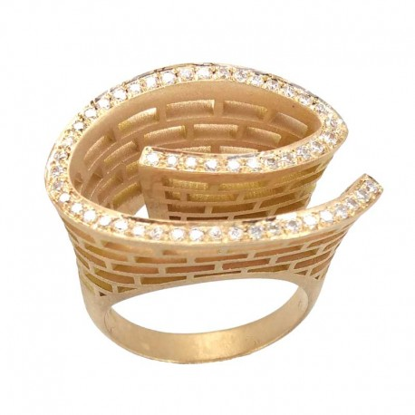 Ring in pink gold and diamonds