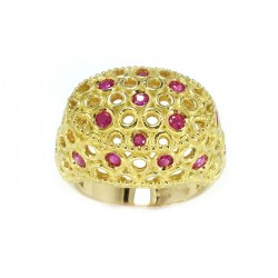 Ring in yellow gold and rubies