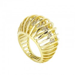 Yellow gold ring with inside diamonds pendants, brilliant cut