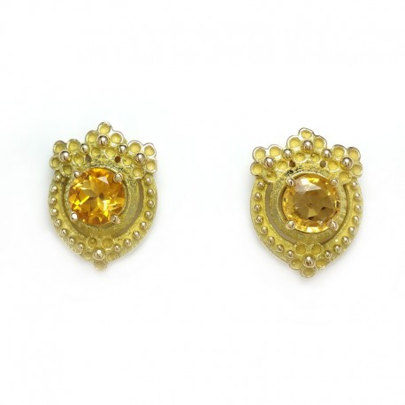 Earrings in yellow gold lost wax casting and citrine quartz