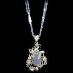 Necklace chalcedony and white agate with silver pendant and chalcedony cabochon