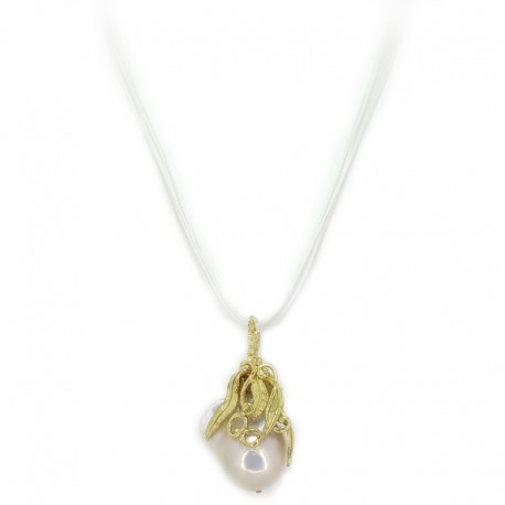 Lost wax yellow gold pendant worn with scaramazza pearl and multifilament lace