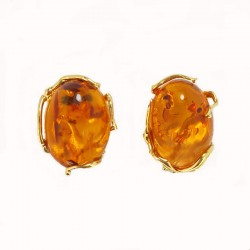Earrings in yellow gold and amber