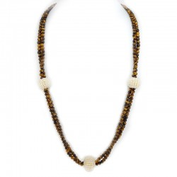 Necklace with beads of tiger's eye and pearls